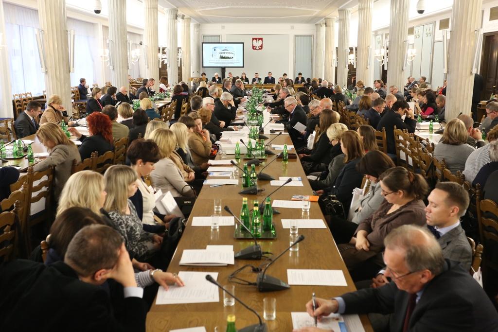 """""""Wolność i odpowiedzialność"""" – konferencja o prawach człowieka i prawach dziecka"""
